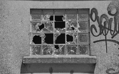 Teoria delle finestre rotte: combattere la disorganizzazione